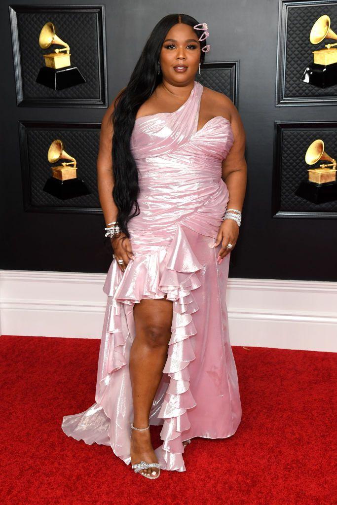 Grammy 2021: წითელი ხალიჩა და საუკეთესო ჩაცმულობები